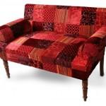 Sofa indiano com patchwork em veludo com retalhos exclusivos em relevo por 2980 reais na Balai