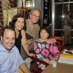 Fernando Prado e Adelia Borges com Tulio Marante e a jornalista Regina Zappa