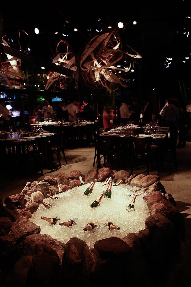 Restaurante Pobre Juan inaugura com projeto de Walter Gola