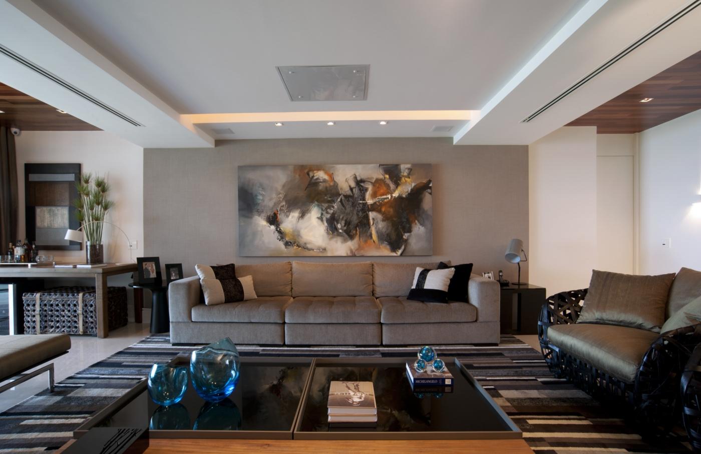 Apartamento na Barra entregue por Fabio Bouillet e Rodrigo Jorge
