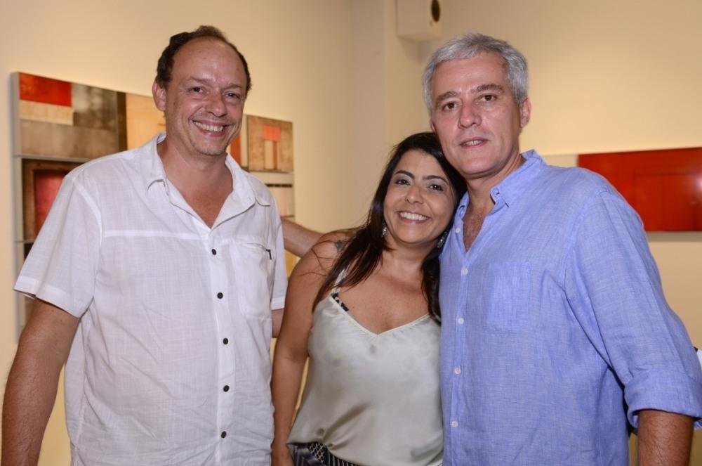 """Abertura da exposição """"Paisagem Blindada"""", de Bruno Veiga"""