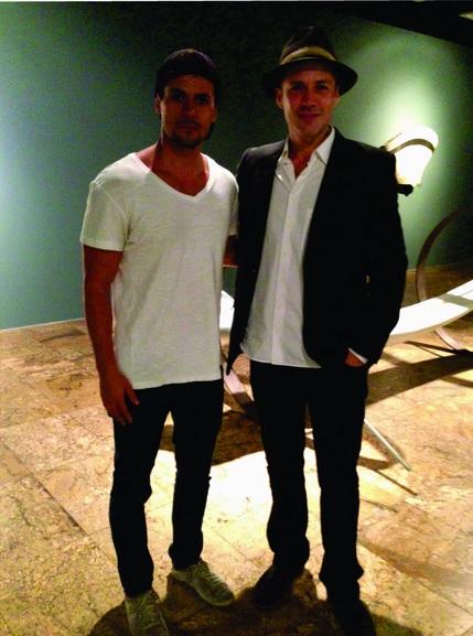 Zanini de Zanine prestigia exposição do amigo João Machado