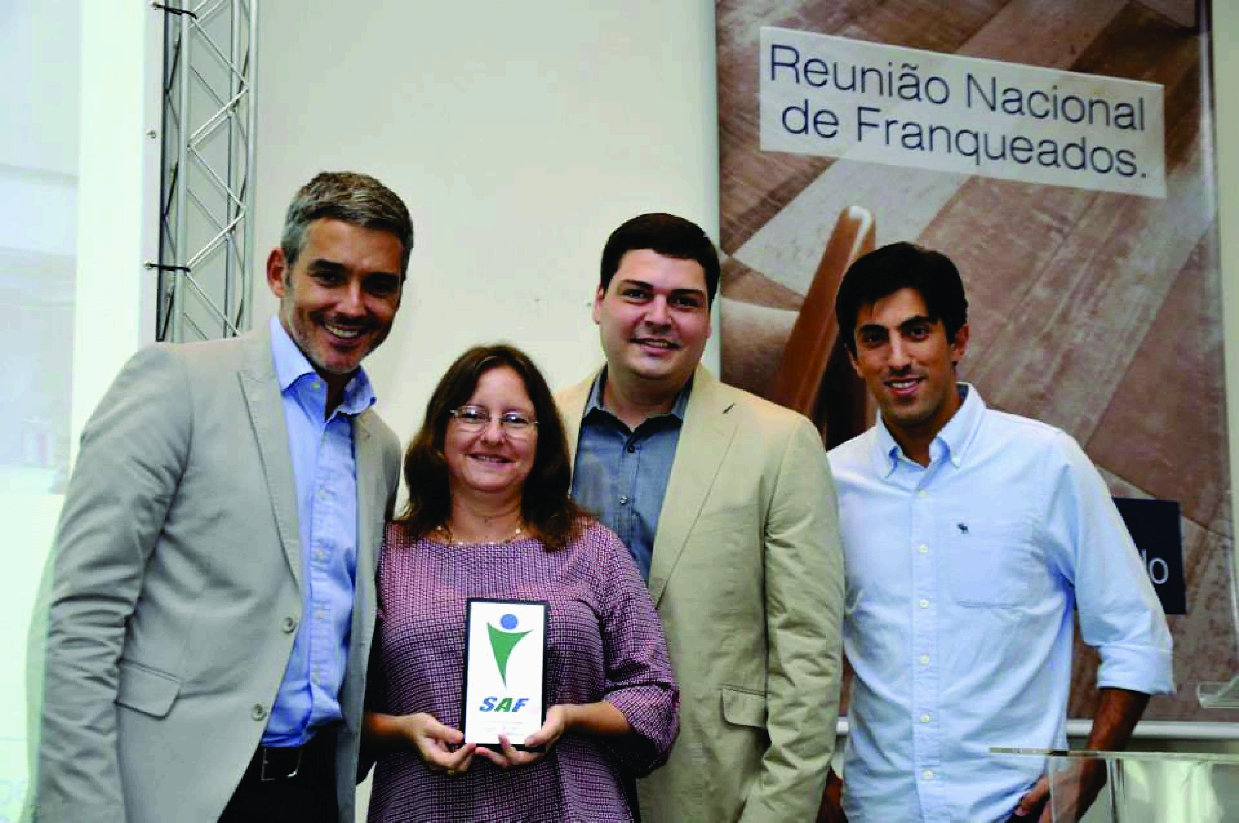 Filial da Portobello Shop de Niterói é premiada pela marca