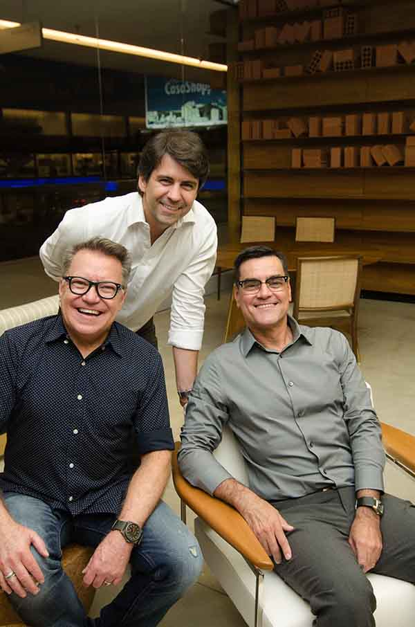 Arquivo Contemporâneo inaugura showroom no CasaShopping