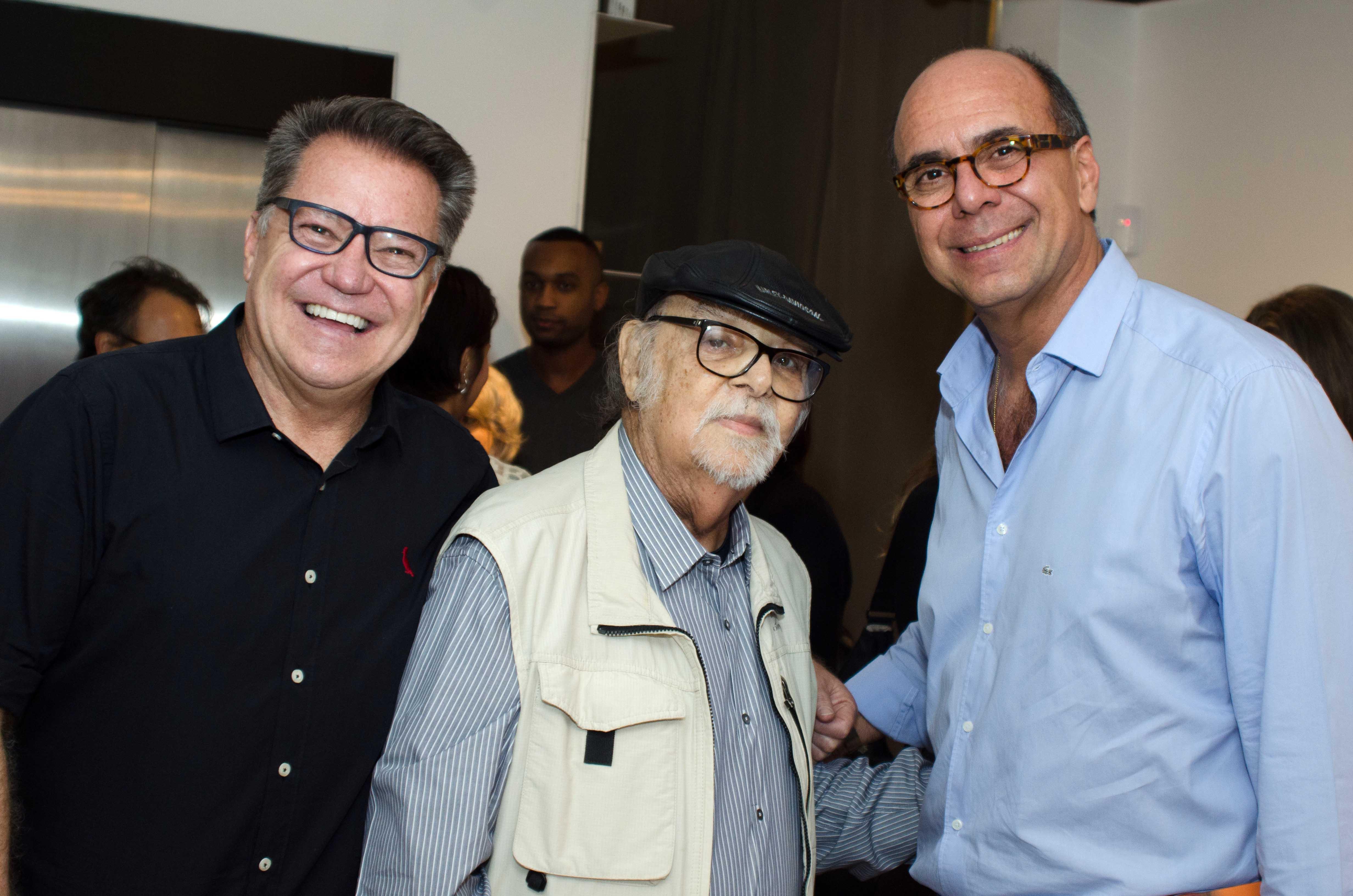 João Caetano recebe convidados no Arquivo Contemporâneo