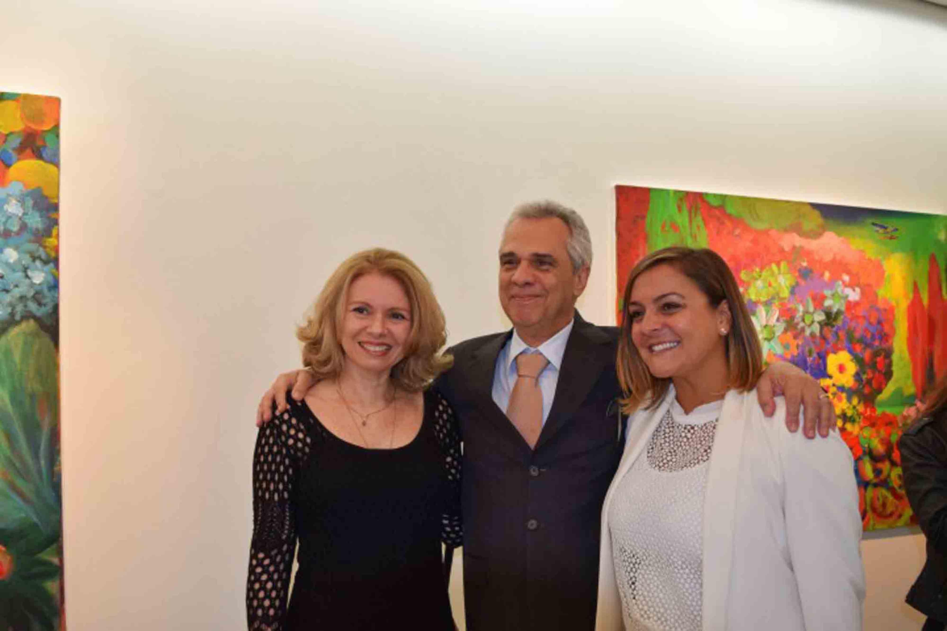 """Vernissage da exposição """"O futuro mandou lembranças"""", de Orlando Mollica"""