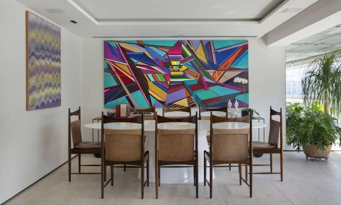 Com móveis versáteis, apartamento na Lagoa é perfeito para quem adora receber