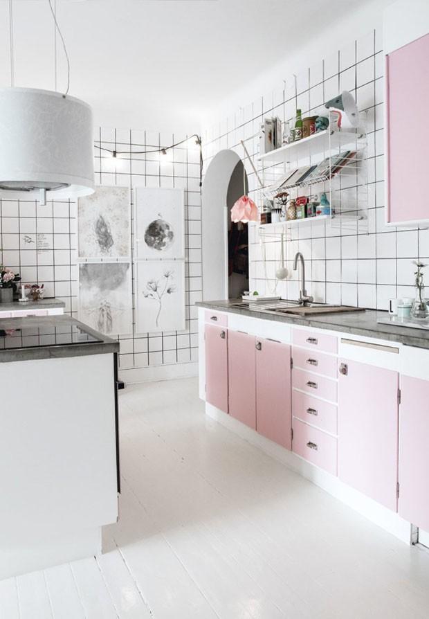 Décor do dia: cozinha rosa e industrial
