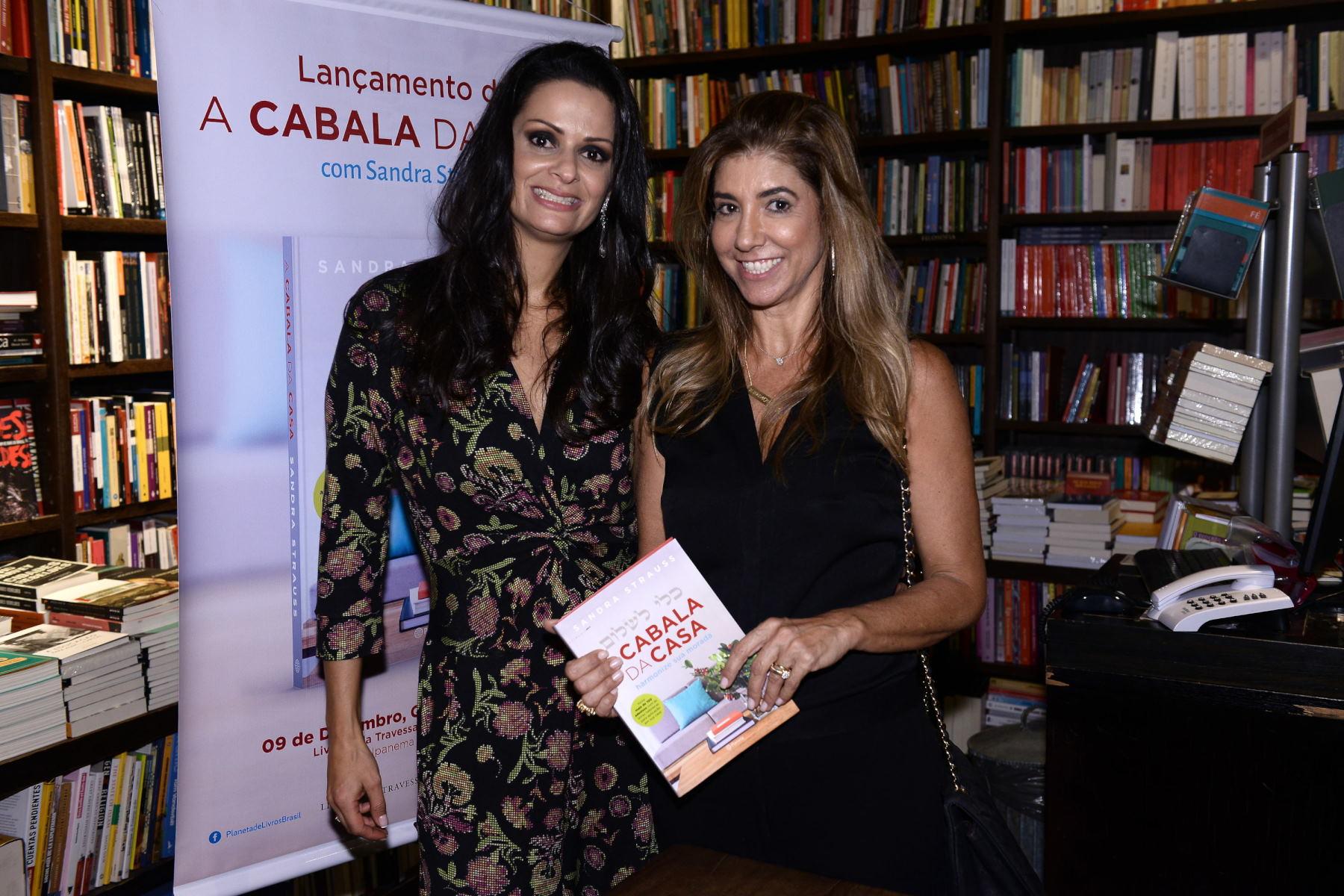"""Sandra Strauss lança o livro """"A Cabala da Casa"""""""