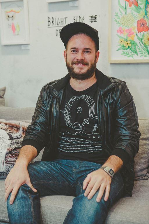 Designer Felipe Guga lança livro na LZ Studio