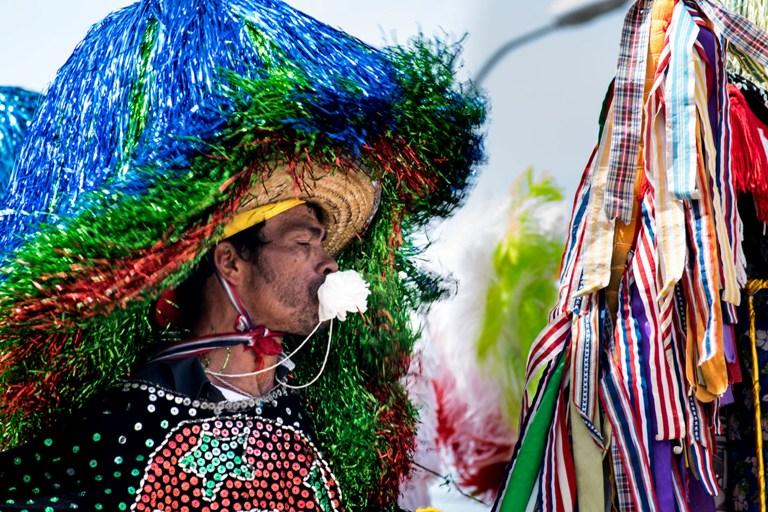 Café Épico inaugura exposição fotográfica sobre o Maracatu Rural