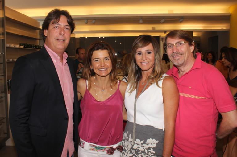 Esther Schattan, Roberto e Mônica Borges recebem convidados no CasaShopping