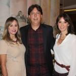 IMG_9281 Os anfitriões Mônica e Roberto Borges e Esther Schattan