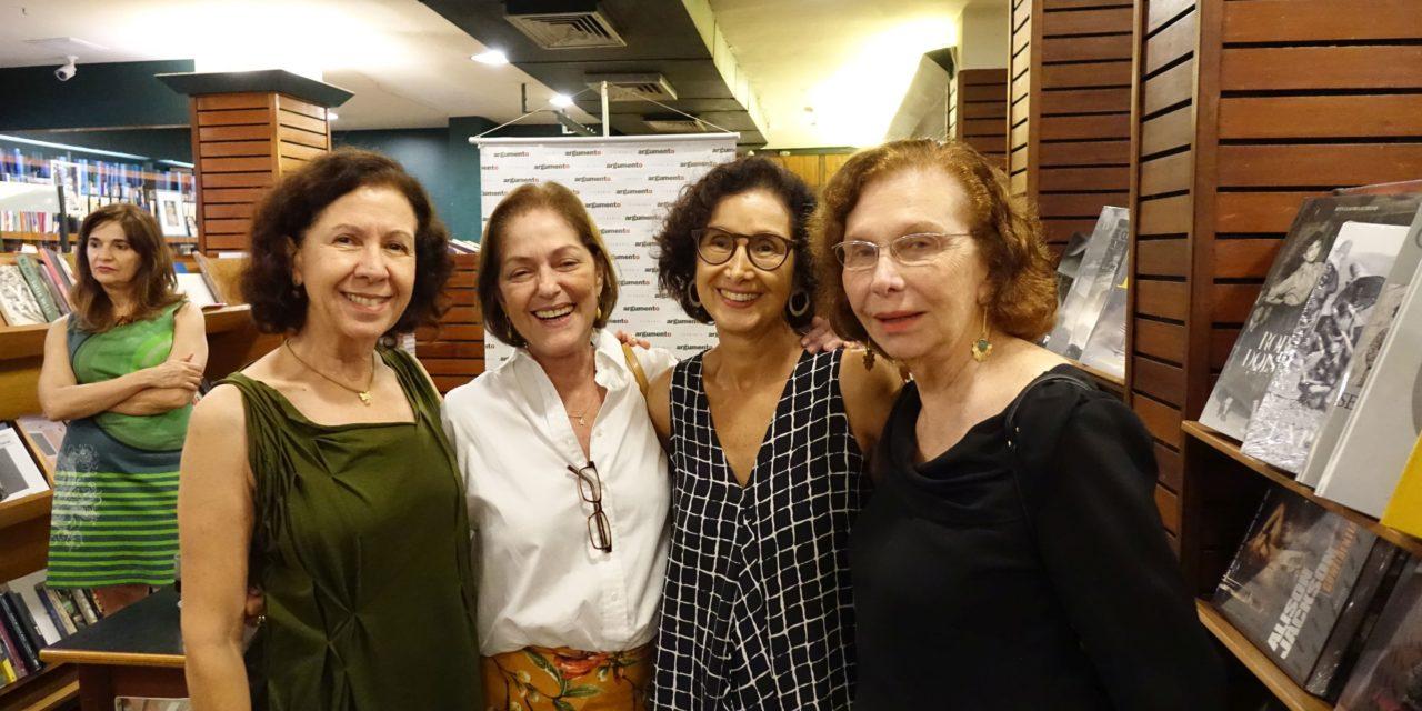 Valéria Costa Pinto lança livro na Argumento
