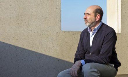 O arquiteto Isay Weinfeld vai participar do 21o Congresso Brasileiro de Arquitetos, em Porto Alegre.