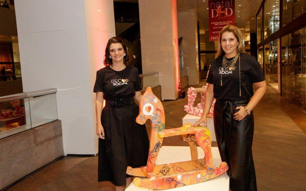 """D&D Shopping: Exposição beneficente """"Cavalinhos do Bem"""" vai até 05 de janeiro"""