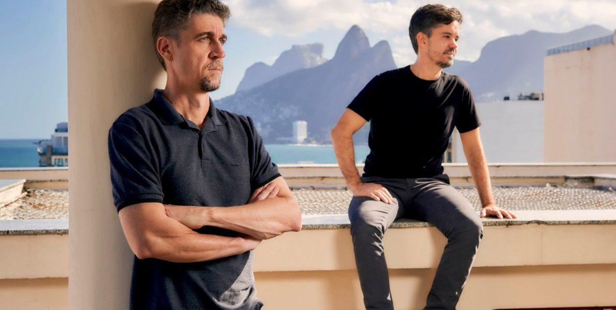 FILME INSPIRA AMBIENTE ASSINADO POR RICARDO MELO E RODRIGO PASSOS NA MOSTRA ARTEFACTO 2020, NO RIO.
