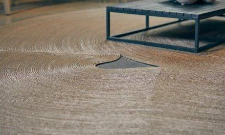 A Designer Mila Rodrigues assina a nova linha de tapetes da DonaFlor Mobília