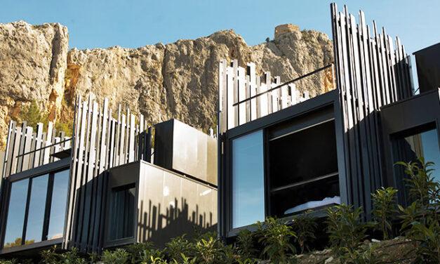 Espanha: hotel com arquitetura sustentável que se conecta com a paisagem