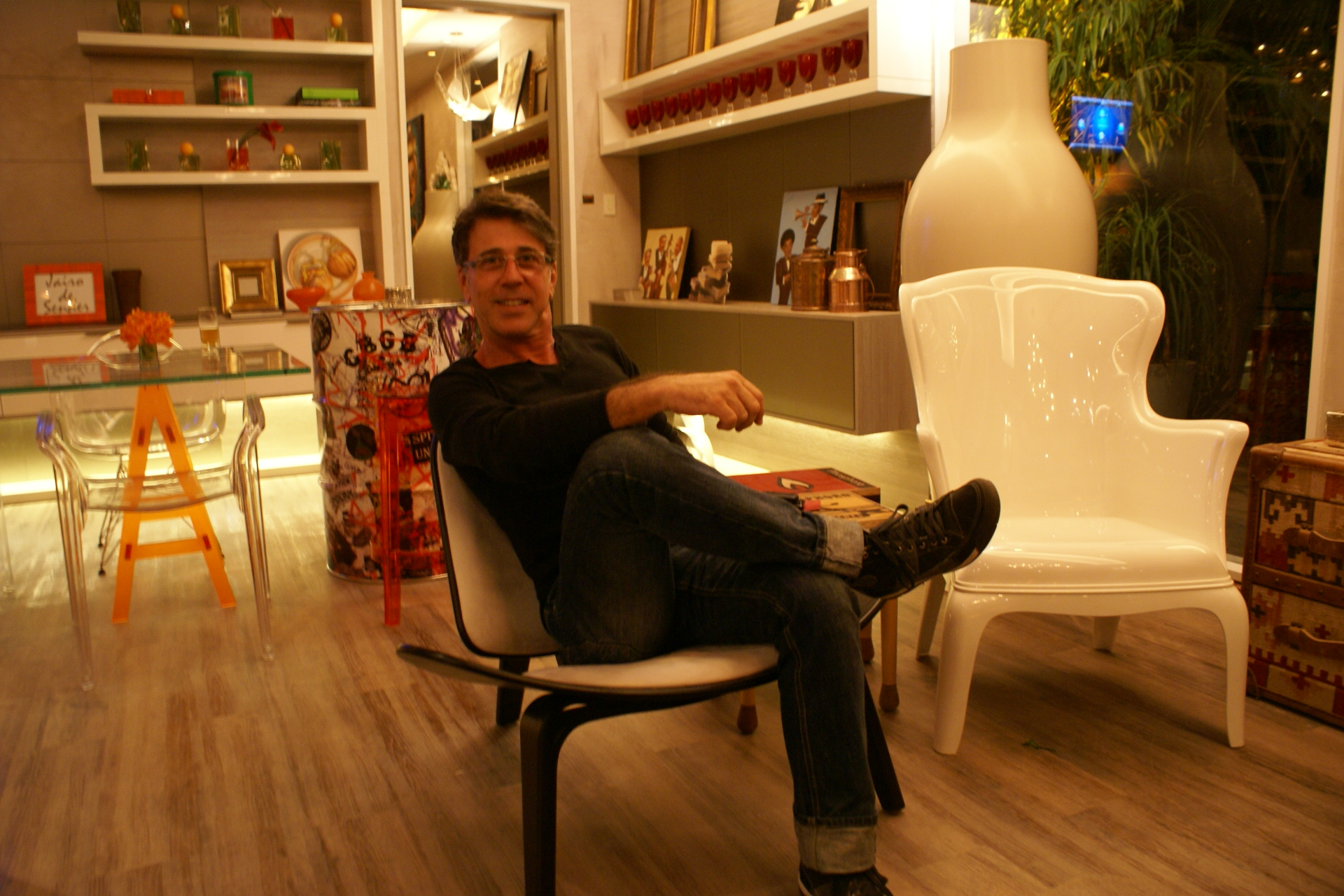 Todeschini festeja chegada da Casa Cor em lounge vip