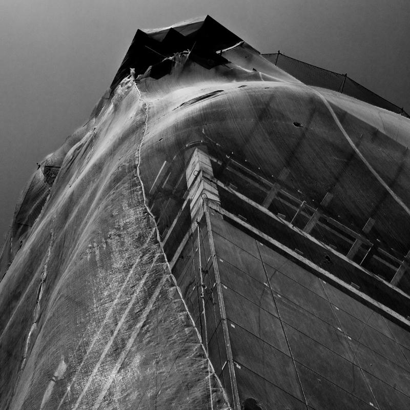 Fotógrafo carioca expõe seu olhar sobre a arquitetura