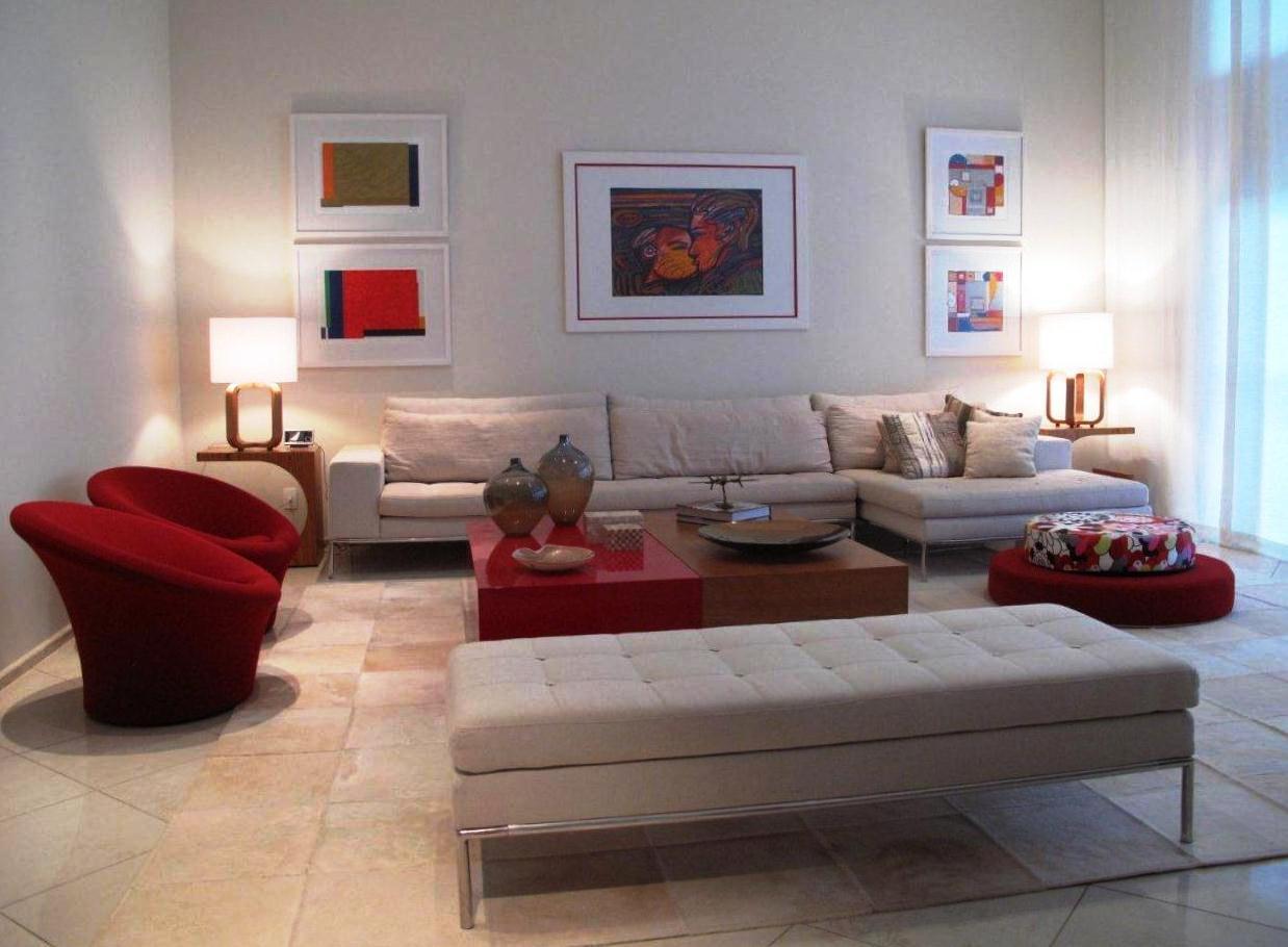 Casa na Barra projetada por Monica Camargo