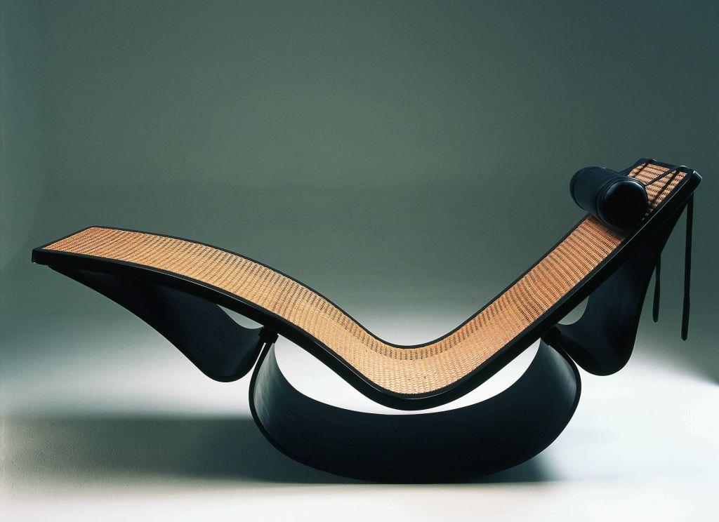 Móveis desenhados por Oscar Niemeyer na Way Design