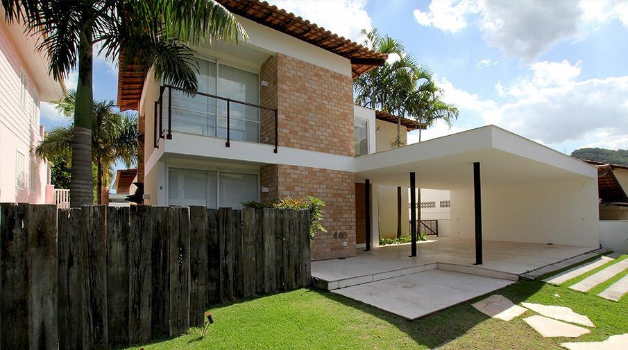 Casa com lazer à vista de Arthur Falcão, Thiago Tavares e João Duayer