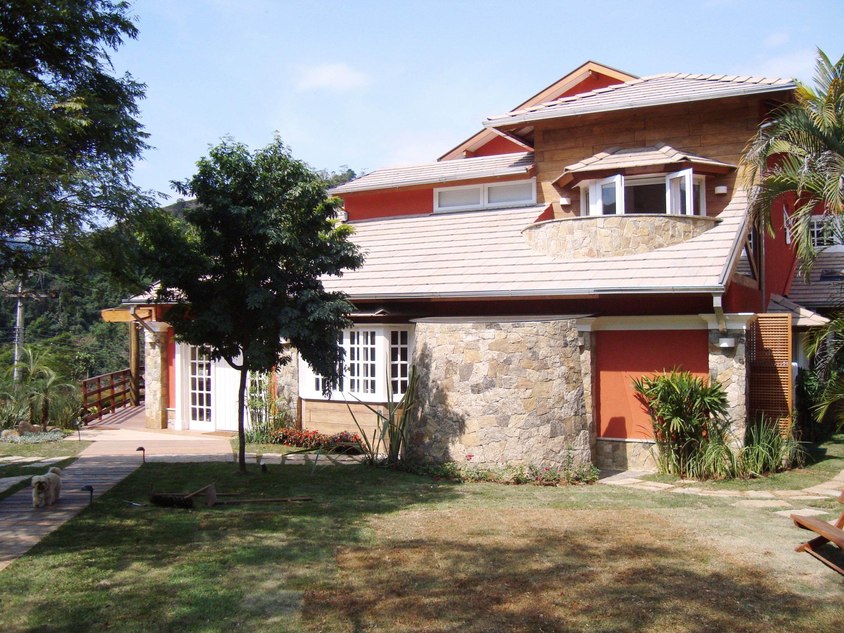 José Severiano reforma casa de 700 m² em Itaipava
