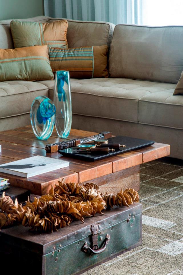 Fábio Bouillet e Rodrigo Jorge assinam apartamento de estilo urbano