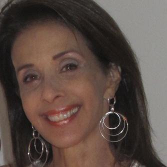 Entrevista com Angela Medrado