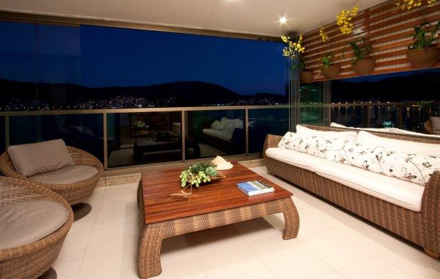 Roberta Devisate assina apartamento em Niterói