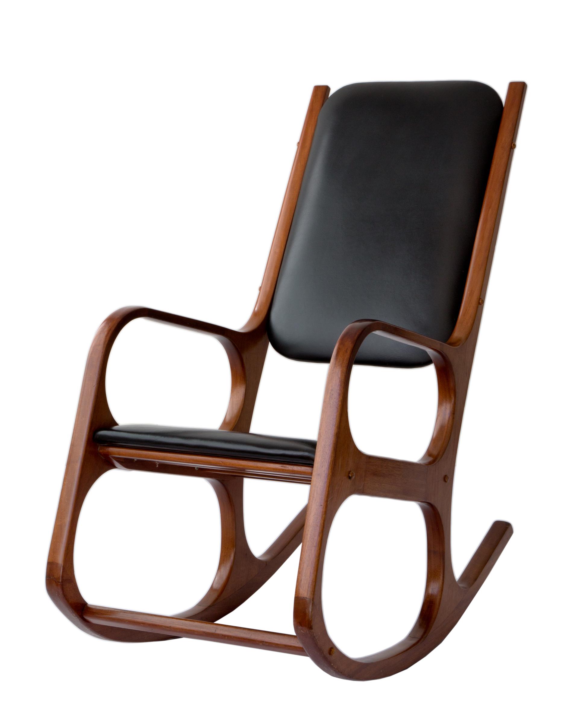 Retrospectiva de Aída Boal em seus 55 anos dedicados ao design de móveis