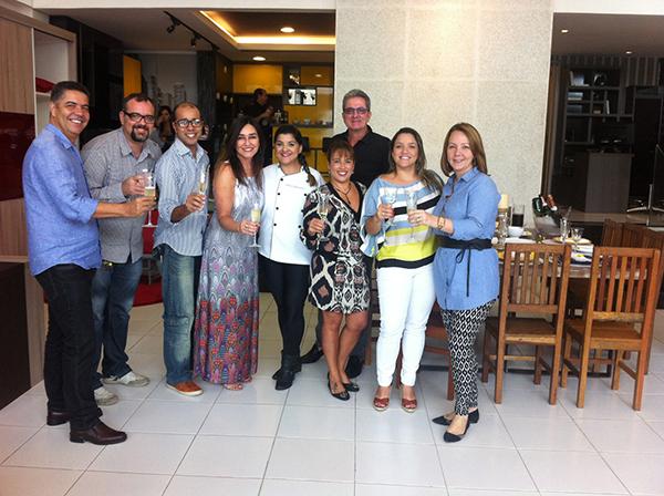 Romanzza Niterói recebe convidados para almoço de férias