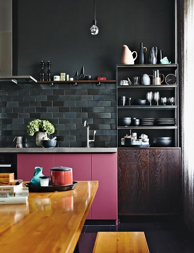 Décor do dia: cozinha rosa e negra