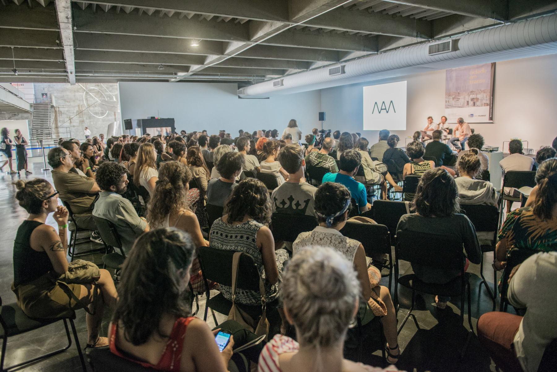 """Seminário Internacional """"Cidade em Transe"""" no MAM-RJ"""