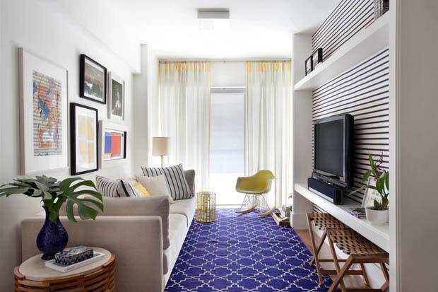 Apartamento com ambientes claros e neutros