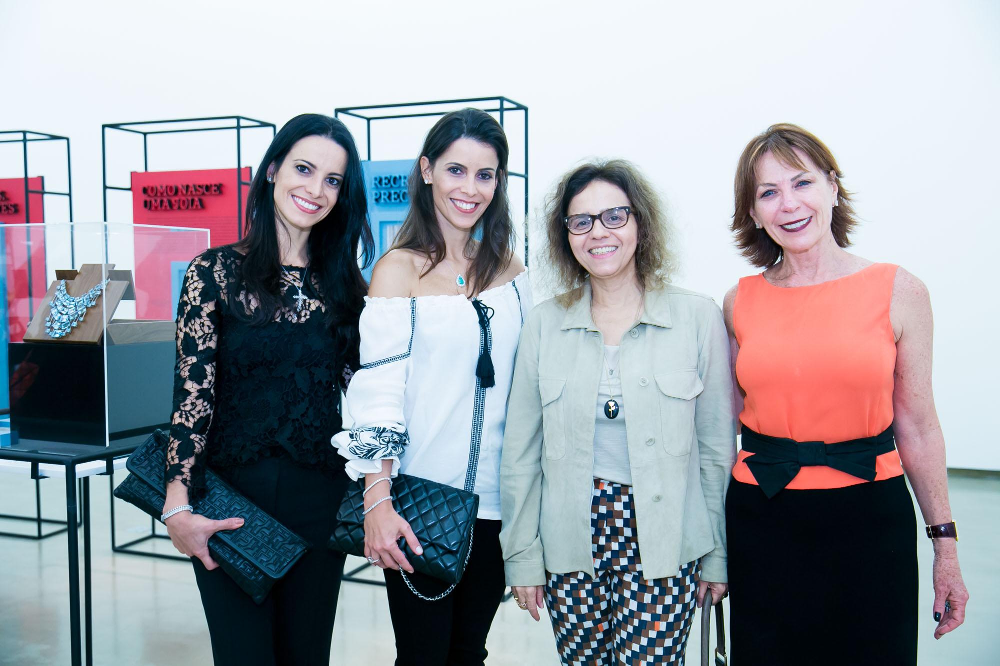 """Lina Bo Bardi na exposição """"Joia de Artista"""" na Galeria Anita Schwartz"""