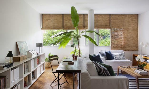 Projeto de decoração das profissionais Bitty Talbot & Cecília Teixeira: Uma morada urbana com clima de casa de praia