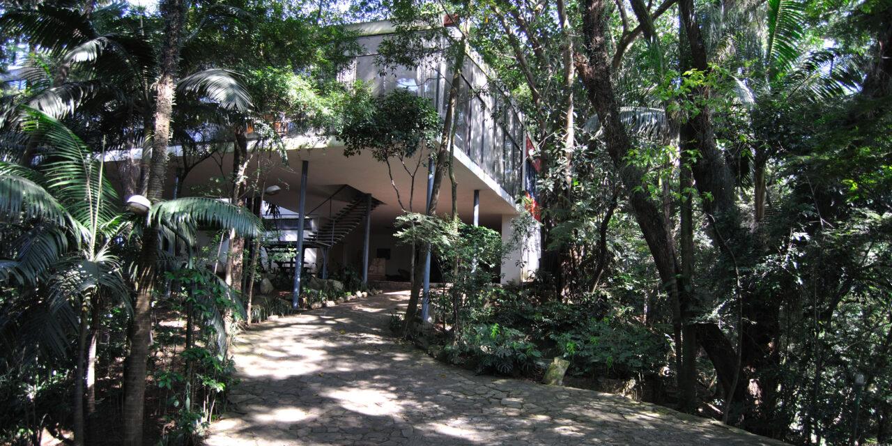 São Paulo: Casa de Vidro reabre ao público