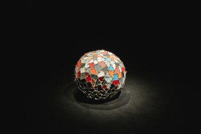 Sesc Pompeia apresenta exposição do artista franco-argelino até o dia 30 de janeiro de 2021