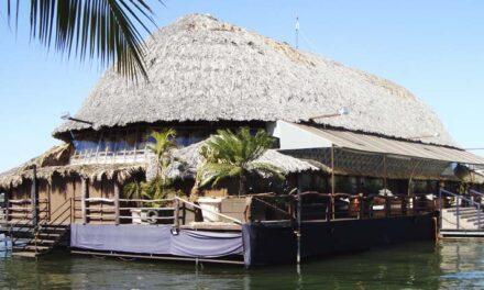 Projeto inovador da Minor Hotels tem restaurante flutuante, em Ubatuba (SP)