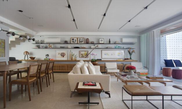 Roberta Moura e Paula Faria assinam projeto de arquitetura de uma cobertura de 400 m2, no Leblon