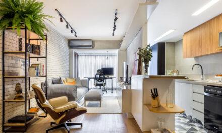 Co+Lab Juntos Arquitetura e Interiores assina projeto de reforma e decoração  de apartamento térreo, em Botafogo.